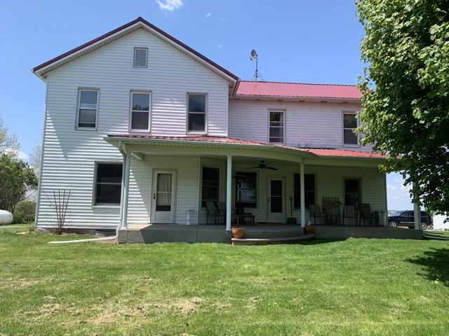 3355 E 7th Road, Utica, IL 61373 (MLS #10377797) :: Berkshire Hathaway HomeServices Snyder Real Estate