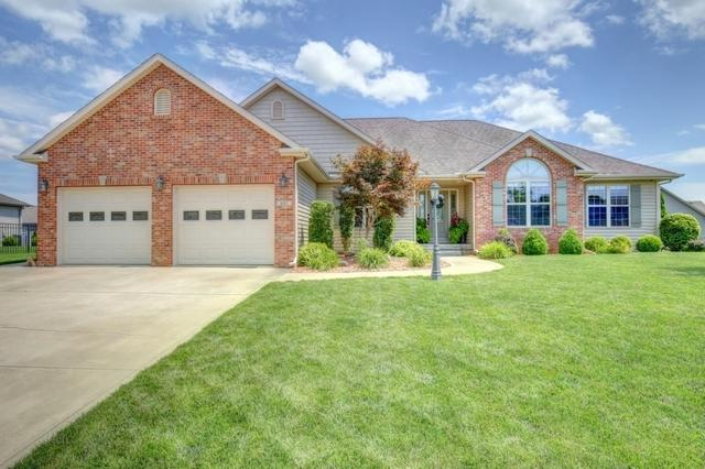 401 Castle Rock Drive, MONTICELLO, IL 61856 (MLS #10377800) :: Berkshire Hathaway HomeServices Snyder Real Estate