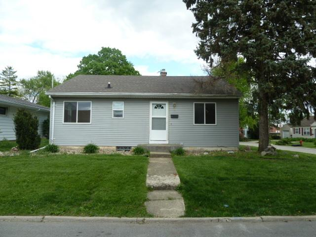 8 University Court, Normal, IL 61761 (MLS #10377870) :: Berkshire Hathaway HomeServices Snyder Real Estate