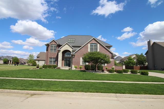 2303 Riverwoods Lane, Bloomington, IL 61705 (MLS #10377879) :: Berkshire Hathaway HomeServices Snyder Real Estate