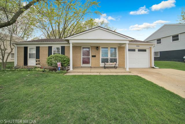 306 Evans Court, Streamwood, IL 60107 (MLS #10378266) :: Littlefield Group