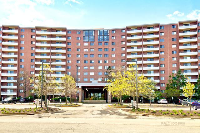21 Kristin Drive #1023, Schaumburg, IL 60195 (MLS #10378303) :: Berkshire Hathaway HomeServices Snyder Real Estate