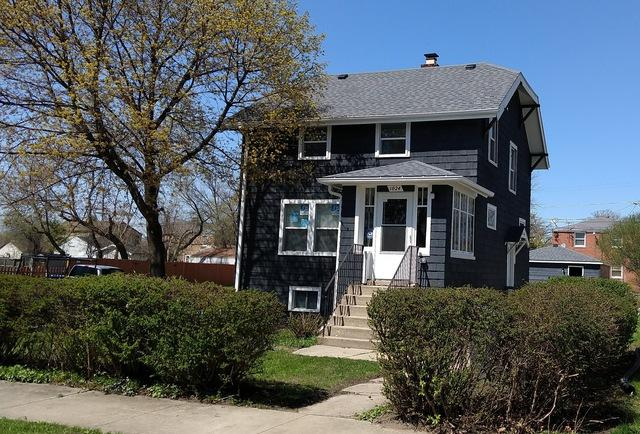 1024 Woodlawn Avenue, Waukegan, IL 60085 (MLS #10378325) :: Berkshire Hathaway HomeServices Snyder Real Estate