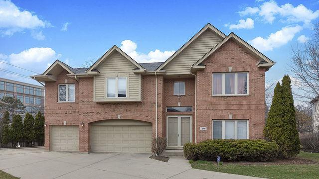 70 Spencer Court, Deerfield, IL 60015 (MLS #10378828) :: Berkshire Hathaway HomeServices Snyder Real Estate
