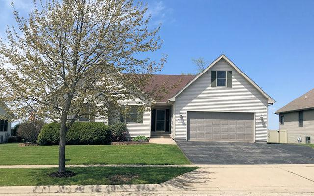 1176 Clifton Terrace, Rochelle, IL 61068 (MLS #10379273) :: Berkshire Hathaway HomeServices Snyder Real Estate