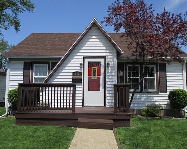 817 E Timber Street, Pontiac, IL 61764 (MLS #10379435) :: Century 21 Affiliated