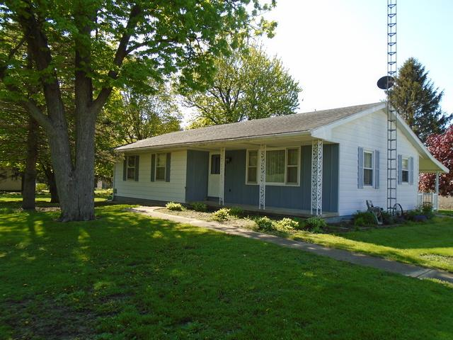 311 W Washington Street, Lamoille, IL 61330 (MLS #10380196) :: Berkshire Hathaway HomeServices Snyder Real Estate