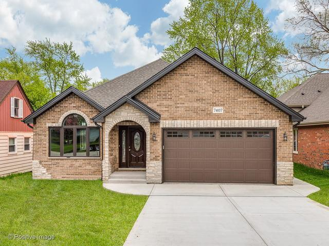 7407 W 114th Street, Worth, IL 60482 (MLS #10380667) :: Berkshire Hathaway HomeServices Snyder Real Estate