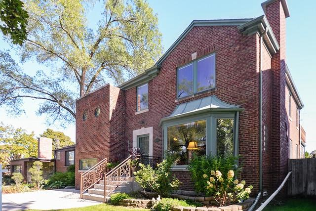 6149 N St Louis Avenue, Chicago, IL 60659 (MLS #10380741) :: Property Consultants Realty