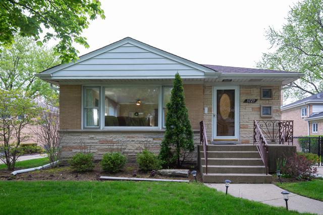 5729 Cleveland Street, Morton Grove, IL 60053 (MLS #10380746) :: Helen Oliveri Real Estate