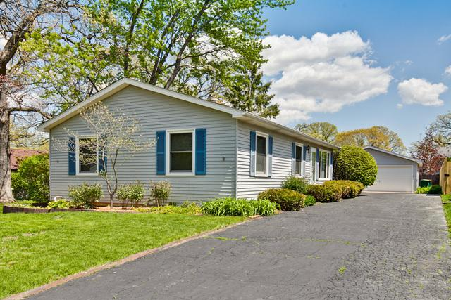 135 Oak Lane Drive, Lake Villa, IL 60046 (MLS #10380909) :: Berkshire Hathaway HomeServices Snyder Real Estate