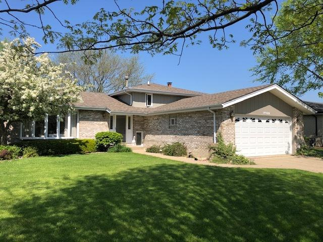 19900 Scarth Lane, Mokena, IL 60448 (MLS #10381190) :: Property Consultants Realty