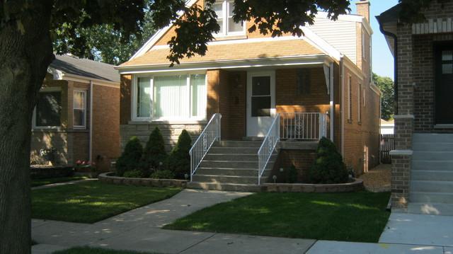 4212 Gunderson Avenue, Stickney, IL 60402 (MLS #10381209) :: Berkshire Hathaway HomeServices Snyder Real Estate