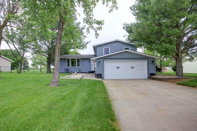 2206 E Trailside Drive N, Mahomet, IL 61853 (MLS #10381219) :: Ryan Dallas Real Estate