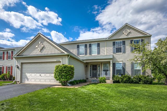 25026 Gates Lane, Plainfield, IL 60585 (MLS #10381430) :: Berkshire Hathaway HomeServices Snyder Real Estate