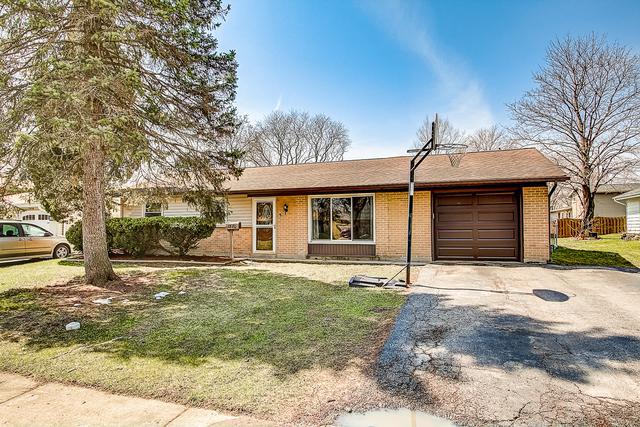 7870 Asbury Circle, Hanover Park, IL 60133 (MLS #10381562) :: Berkshire Hathaway HomeServices Snyder Real Estate
