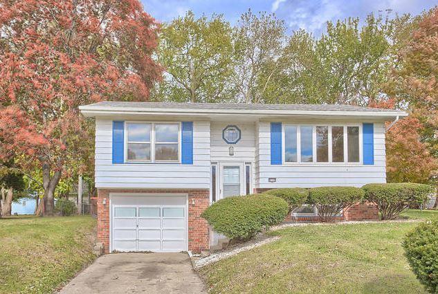 610 Robert Webb Drive, MONTICELLO, IL 61856 (MLS #10381589) :: Ryan Dallas Real Estate