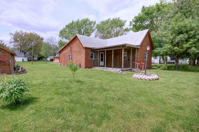 109 N Wisconsin Street, ATWOOD, IL 61913 (MLS #10381774) :: Berkshire Hathaway HomeServices Snyder Real Estate