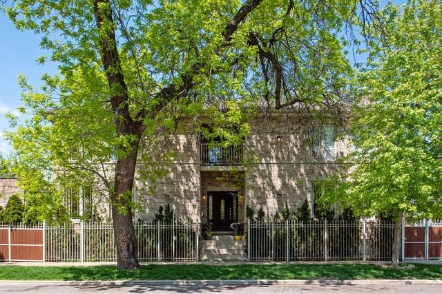 1900 N Francisco Avenue, Chicago, IL 60647 (MLS #10381885) :: Berkshire Hathaway HomeServices Snyder Real Estate