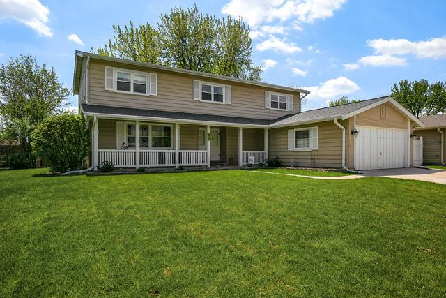 83 W Brantwood Avenue, Elk Grove Village, IL 60007 (MLS #10382174) :: Berkshire Hathaway HomeServices Snyder Real Estate