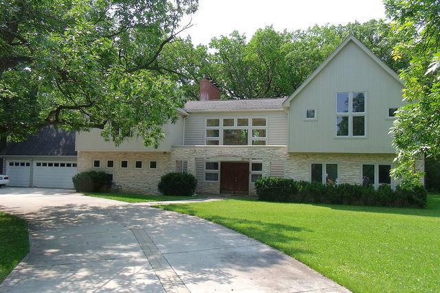 919 Northwoods Road, Deerfield, IL 60015 (MLS #10382219) :: Berkshire Hathaway HomeServices Snyder Real Estate