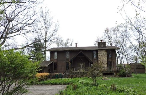 2304 N Old Hicks Road, Long Grove, IL 60047 (MLS #10382320) :: Helen Oliveri Real Estate