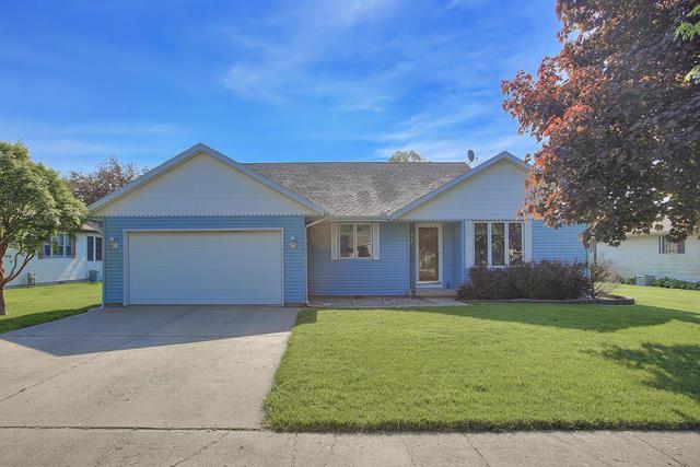 504 Crestwood Drive, ST. JOSEPH, IL 61873 (MLS #10382400) :: Littlefield Group