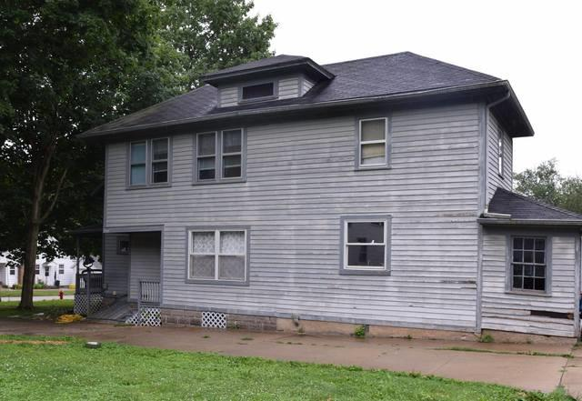 110 Towne Street, Morrison, IL 61270 (MLS #10382412) :: Berkshire Hathaway HomeServices Snyder Real Estate