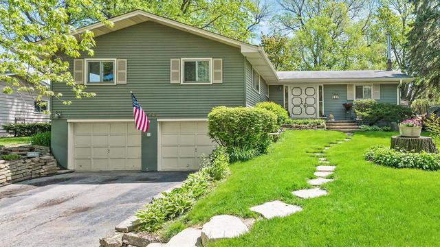 5243 Oakview Drive, Lisle, IL 60532 (MLS #10382417) :: Berkshire Hathaway HomeServices Snyder Real Estate