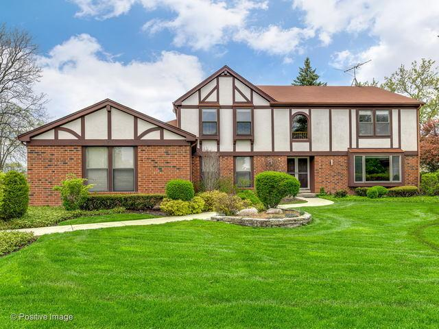 3734 Riviera Court, Northbrook, IL 60062 (MLS #10382478) :: Berkshire Hathaway HomeServices Snyder Real Estate