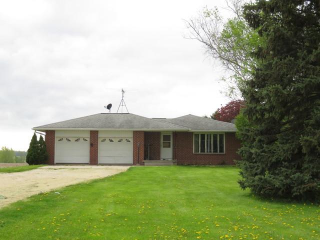 27865 Pilgrim Road, Sterling, IL 61081 (MLS #10382486) :: Berkshire Hathaway HomeServices Snyder Real Estate