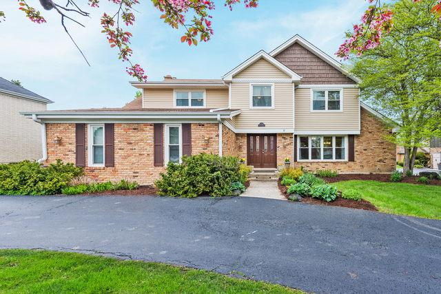 2S651 Avenue Latour, Oak Brook, IL 60523 (MLS #10382501) :: Berkshire Hathaway HomeServices Snyder Real Estate