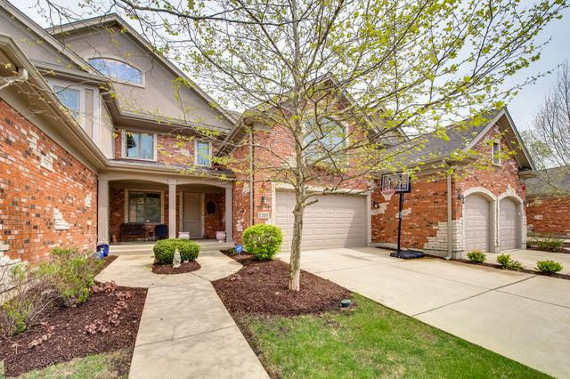 1205 W Charles Lane, Westmont, IL 60559 (MLS #10382557) :: Berkshire Hathaway HomeServices Snyder Real Estate