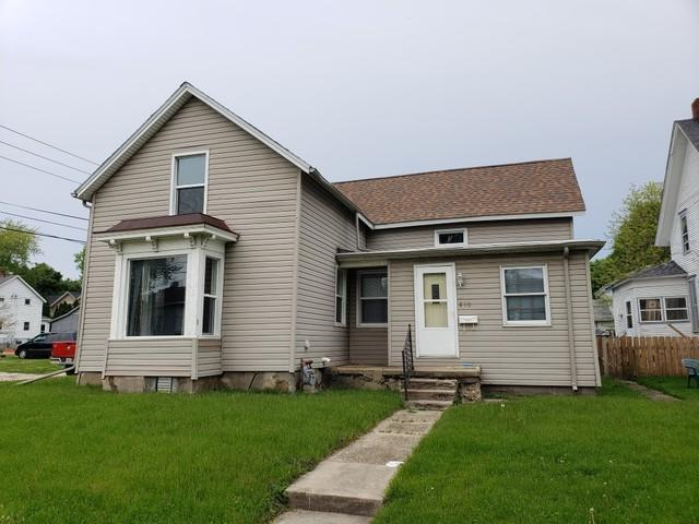 810 E 2nd Street, Sterling, IL 61081 (MLS #10382614) :: Berkshire Hathaway HomeServices Snyder Real Estate