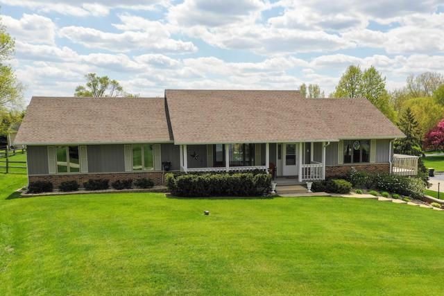 2801 Deer Trail Road, Spring Grove, IL 60081 (MLS #10382615) :: Berkshire Hathaway HomeServices Snyder Real Estate
