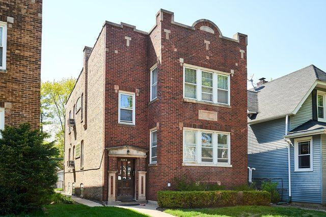 7242 N Bell Avenue, Chicago, IL 60645 (MLS #10382711) :: Century 21 Affiliated