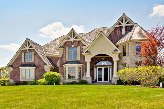 19909 Stone Pond Lane, Long Grove, IL 60047 (MLS #10382788) :: Helen Oliveri Real Estate