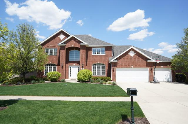 19209 Loveland Court, Mokena, IL 60448 (MLS #10382924) :: Berkshire Hathaway HomeServices Snyder Real Estate