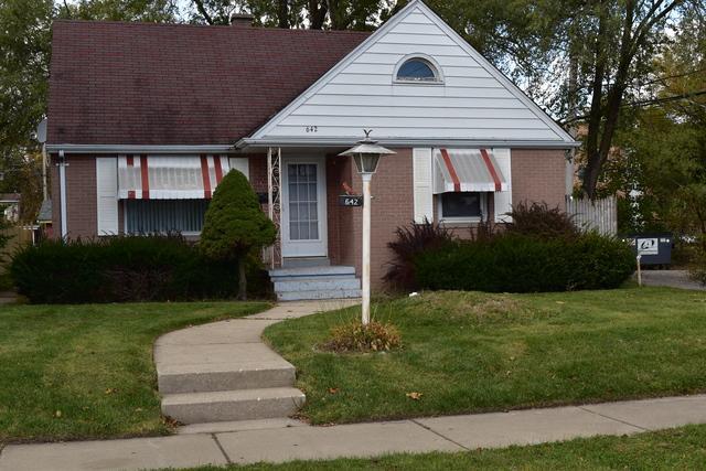 642 Lorraine Avenue, Waukegan, IL 60085 (MLS #10383092) :: Berkshire Hathaway HomeServices Snyder Real Estate