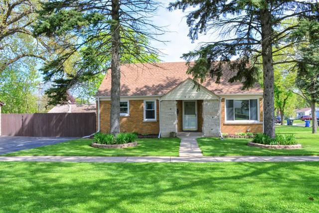 930 E Algonquin Road, Des Plaines, IL 60016 (MLS #10383159) :: Berkshire Hathaway HomeServices Snyder Real Estate