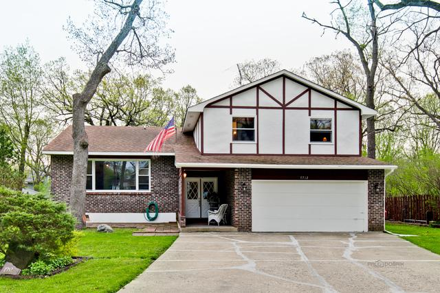 7712 Ravina Drive, Spring Grove, IL 60081 (MLS #10383243) :: Berkshire Hathaway HomeServices Snyder Real Estate
