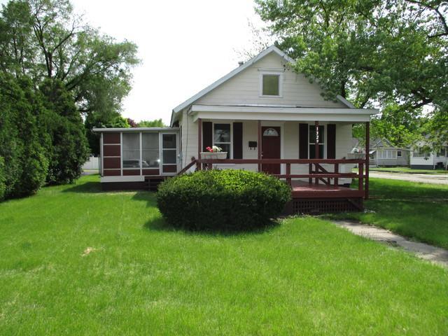 1329 W Madison Street, Ottawa, IL 61350 (MLS #10383309) :: Berkshire Hathaway HomeServices Snyder Real Estate
