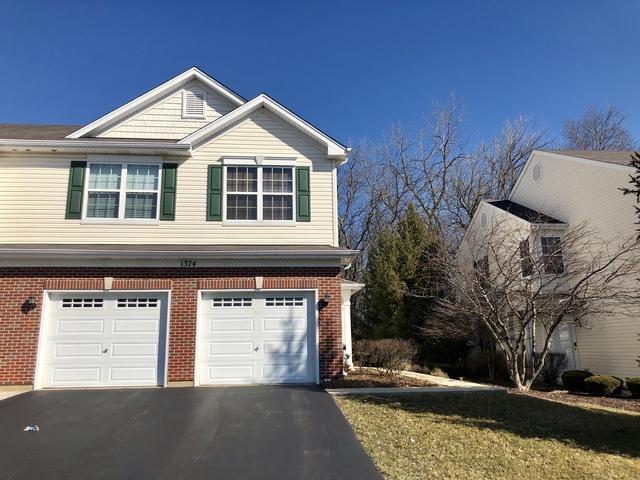 1374 W Alder Creek Drive #2, Romeoville, IL 60446 (MLS #10383341) :: Berkshire Hathaway HomeServices Snyder Real Estate