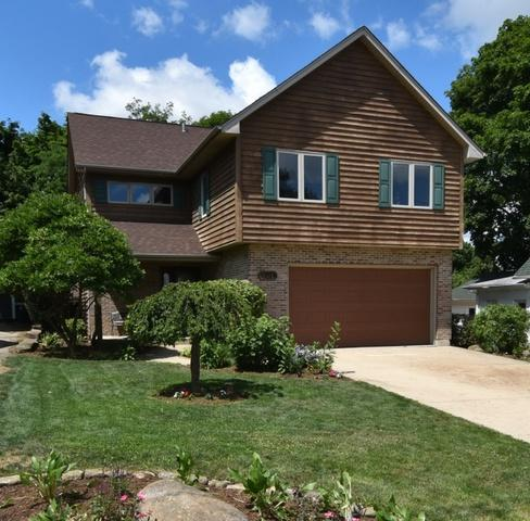 401 S 13th Avenue, St. Charles, IL 60174 (MLS #10383425) :: Berkshire Hathaway HomeServices Snyder Real Estate