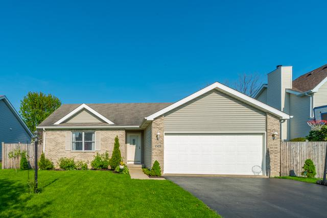 1521 Acacia Lane, Woodstock, IL 60098 (MLS #10383456) :: Berkshire Hathaway HomeServices Snyder Real Estate