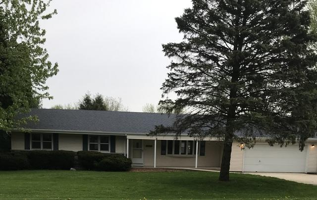 5677 S Forester Drive, Rochelle, IL 61068 (MLS #10383477) :: Berkshire Hathaway HomeServices Snyder Real Estate