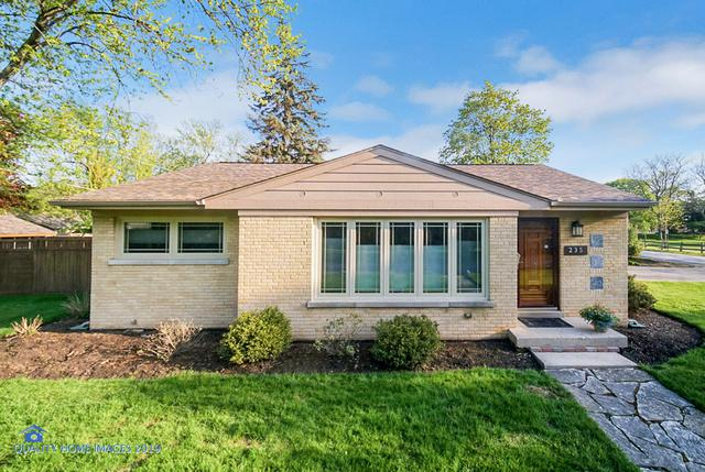235 Lockwood Avenue, Northfield, IL 60093 (MLS #10383487) :: Berkshire Hathaway HomeServices Snyder Real Estate