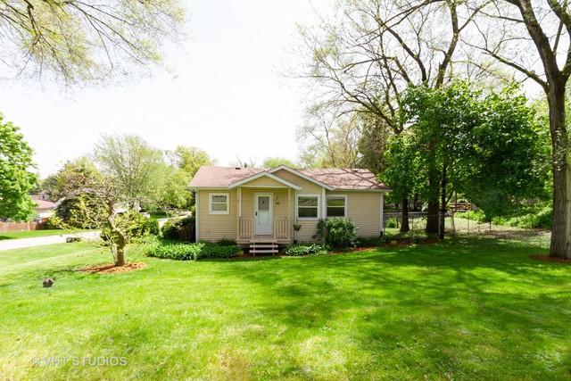 127 Meadow Lane, Oakwood Hills, IL 60013 (MLS #10383554) :: Lewke Partners