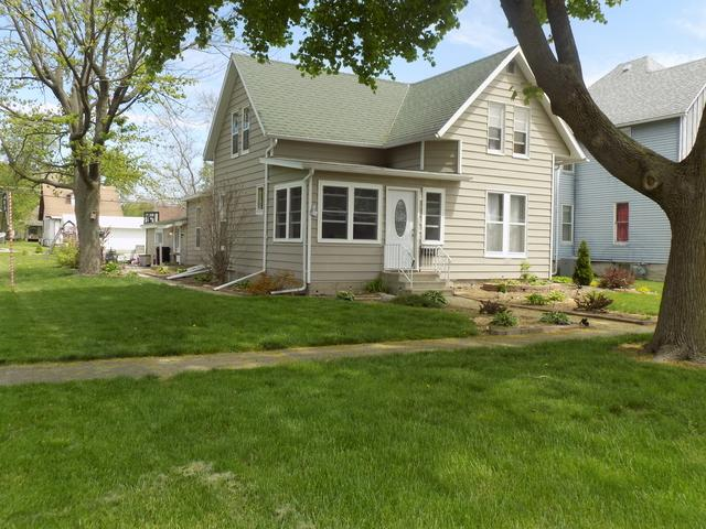 308 E Chestnut Street, Fairbury, IL 61739 (MLS #10383640) :: Property Consultants Realty