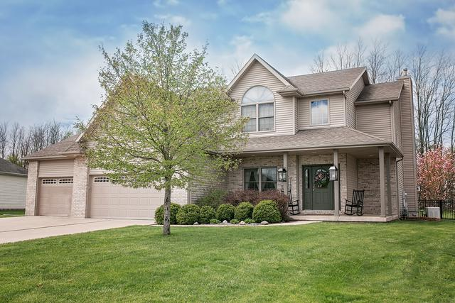 809 S Mclean Street, Hudson, IL 61748 (MLS #10383721) :: Berkshire Hathaway HomeServices Snyder Real Estate